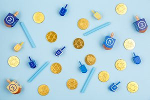 Blue background with dreidels & coin