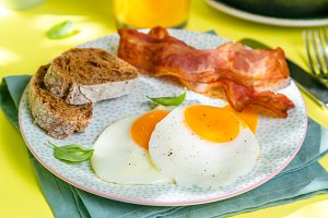 Summer breakfast - eggs, bacon