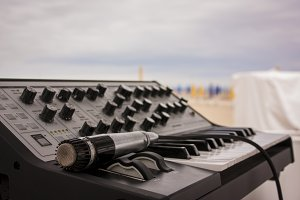The keyboard and the microphone