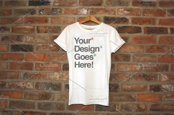 Download [-30%]Clothing Brand T-Shirt Mockups