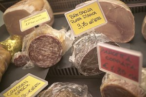 Sale of cold cuts at the market