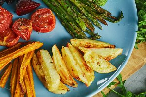 backed asparagus with vegetables on