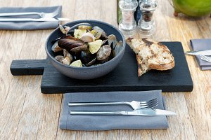 Stewed clams and mussels
