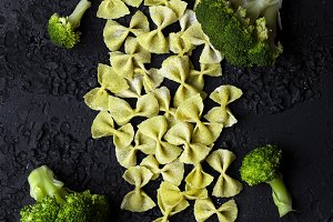 pasta Farfalle of broccoli