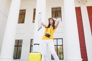 Shocked concerned traveler tourist w