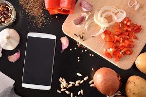 Cooking and smartphone top