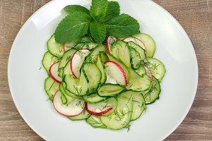 salad cucumber with radish