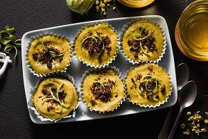 raw vegan cupcakes from pistachios,