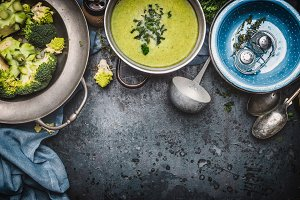 Broccoli romanesco soup