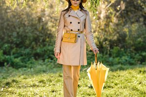elegant young woman in sunglasses, t