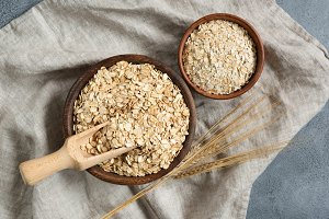 Rolled oats, oat flakes