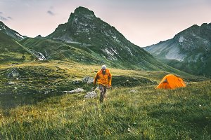 Man hiking alone solo traveling