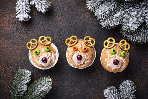 Christmas cupcake in shape of deer