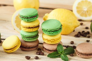 Green, yellow and brown macarons wit