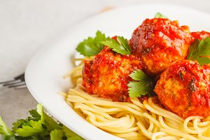 Pasta with chicken meatballs