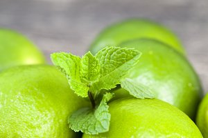 green lime and mint