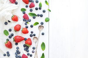 Berry frame with copy space