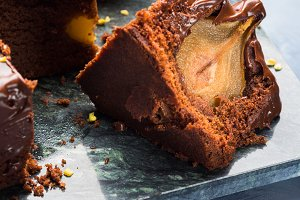 Dark Chocolate cake with pears and