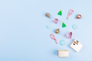 Gift box with Xmas accessories