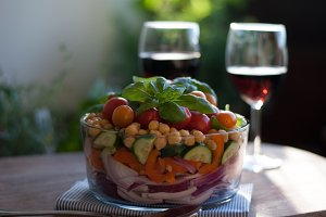 Fresh layered chickpea salad