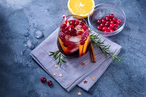 Winter cocktail with cranberries