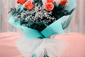 Fresh and lush bouquet of roses and
