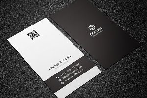 Minimal Black & White Business Card