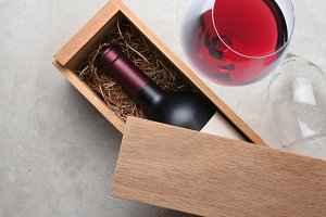 Cabernet Wine Box: A single bottle o