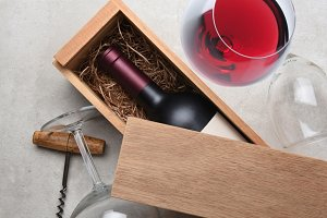 Red Wine Box: A single bottle of Cab