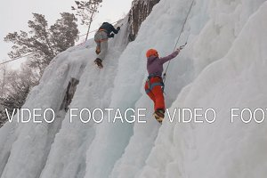 Competition climbers on the frozen