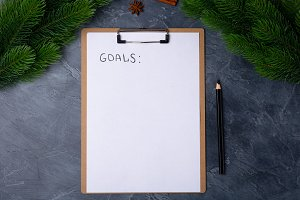 Personal goals concept. Blank paper