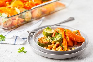 Baked vegetables with chickpeas