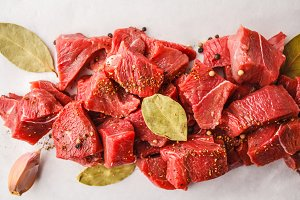 Sliced raw beef with spices