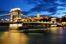 Chain Bridge at night. Budapest