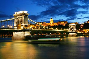 Chain Bridge at night. Budapest
