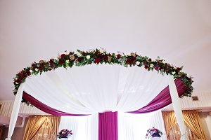 Wedding arch with flowers of table n