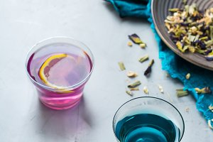 Blue butterfly pea flowers tea in a