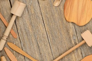 Kitchen wooden utensils (spoon, plat