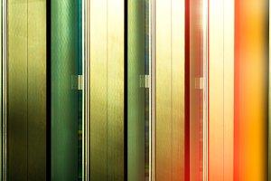 Colorful minimalistic glass vitrage