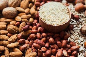 Mix of nuts Almonds, walnuts