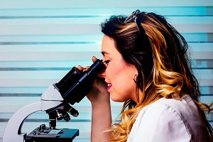 Woman working in a laboratory