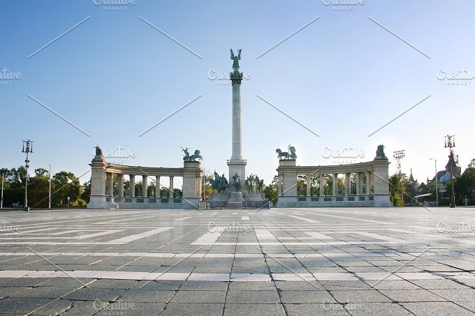 Hero's Square. Budapest, Hungury - Architecture
