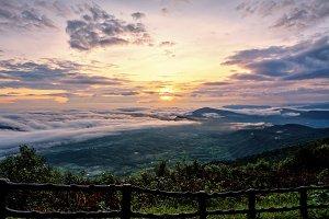 Sunrise at Phu Ruea National Park
