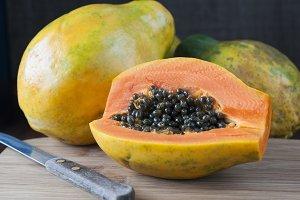 Tree papayas
