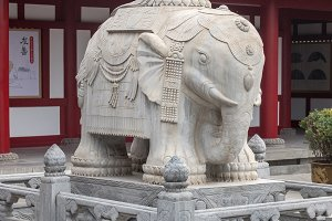 Marble elephant at entrance to Big