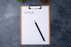 Blank paper with goals title and