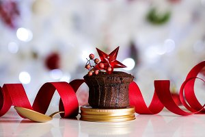 Chocolate Muffin with red star, gold