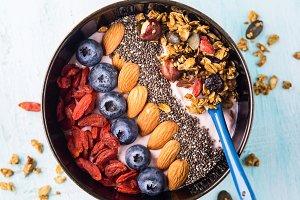 Yogurt smoothie bowl with berries