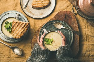 Celery cream soup, grilled bread and