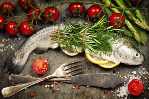 Raw rainbow trout with lemon, herbs
